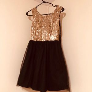 Dresses & Skirts - dress with gold sequins